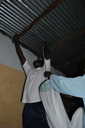 Colocación de mosquiteras